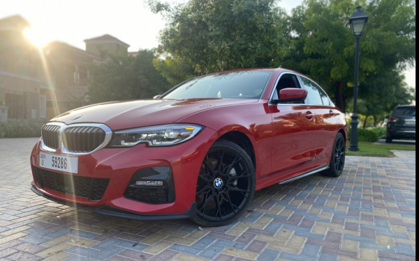 BMW 3 Series 2020 M Sport package BRAND NEW SHAPE (أحمر), 2020 للإيجار في دبي