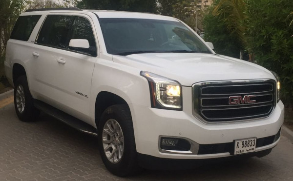 GMC Yukon XL (Bright White), 2017 for rent in Dubai