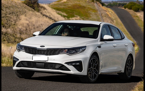 KIA Optima (White), 2018 for rent in Dubai