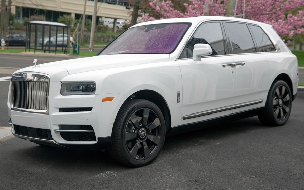 Rolls Royce Cullinan (White), 2020 for rent in Dubai
