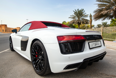 Audi R8 V10 Spyder (White), 2018 for rent in Dubai price