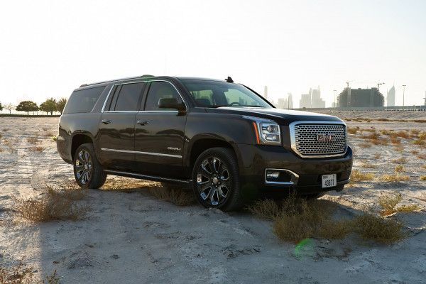 GMC Denali (Brown), 2018 for rent in Dubai reviews