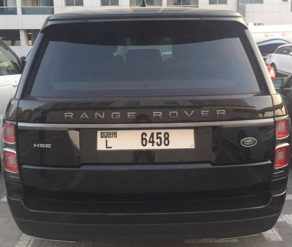 hire Range Rover Vogue (Black), 2019 in Dubai