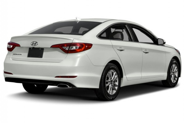 rental Hyundai Sonata (Bright White), 2017 in Dubai