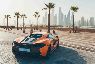 rental McLaren 570S (Orange), 2016 in Dubai