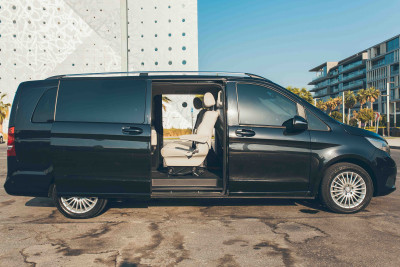 rental Mercedes V Class (Black), 2018 in Dubai