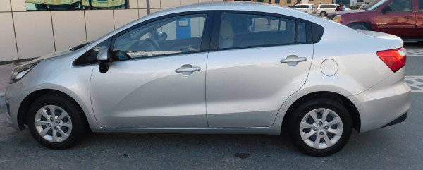 KIA Rio (Silver), 2016 for rent in Dubai