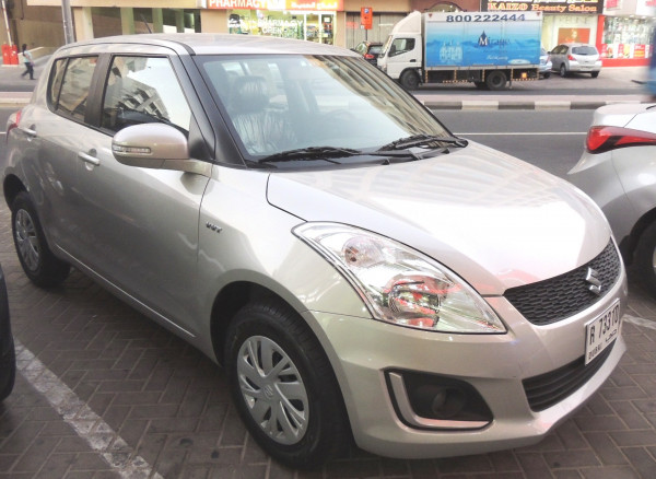 تأجير Suzuki Swift (فضة), 2016 في دبي
