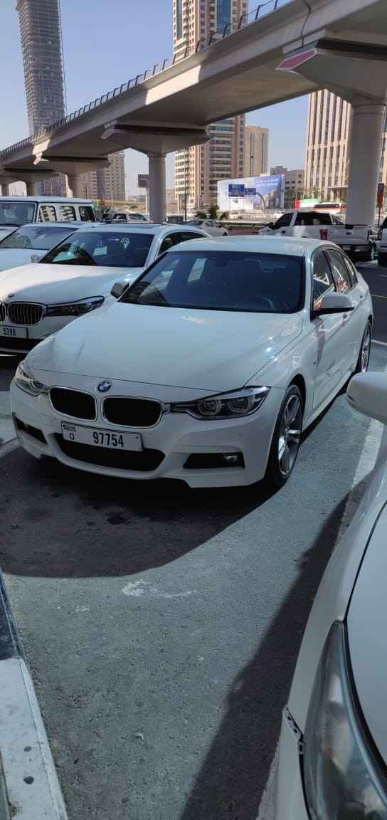 hire BMW 318 (White), 2019 in Dubai price