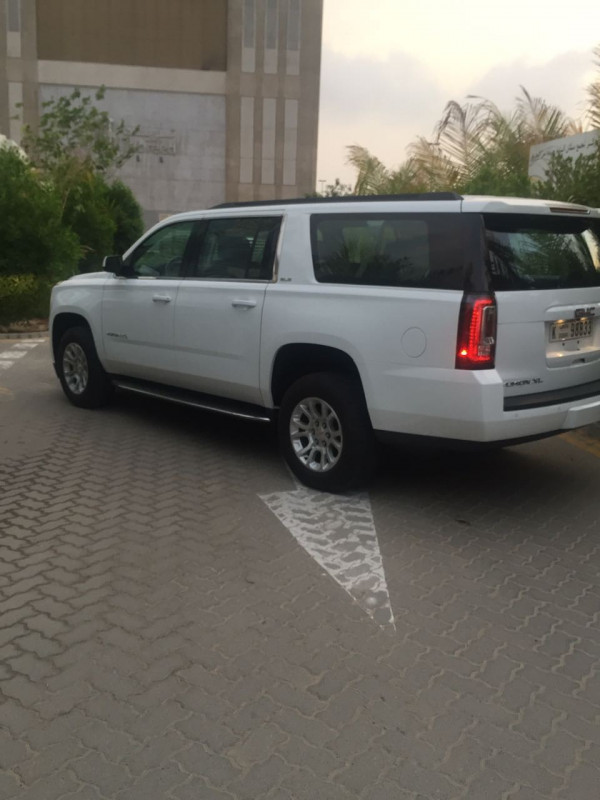 cheap hire GMC Yukon XL (Bright White), 2017 in Dubai