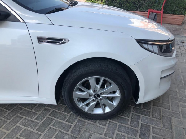 hire KIA Optima (White), 2018 in Dubai