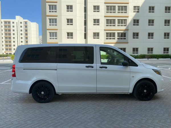Mercedes Vito (White), 2019 for rent in Dubai