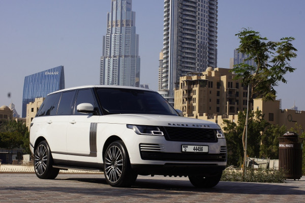 прокат Range Rover Vogue (Белый), 2019 в Дубай