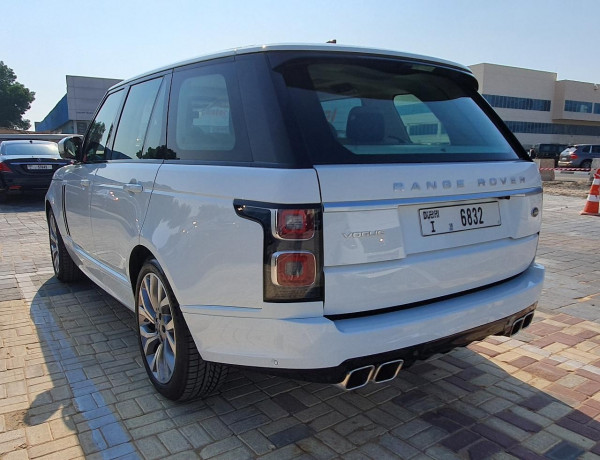 hire Range Rover Vogue (White), 2020 in Dubai