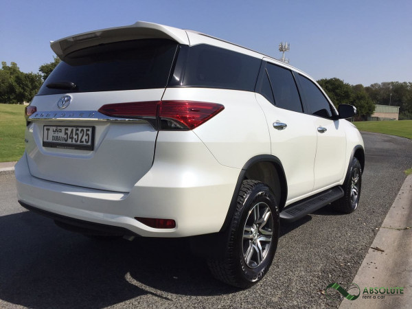 hire Toyota Fortuner (White), 2017 in Dubai